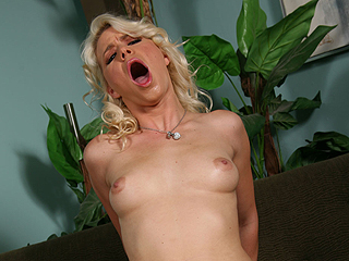 Autumn Haze Blacks On Blondes Anikka Albrite