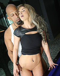 Chloe Chaos Blacks On Blondes Dp