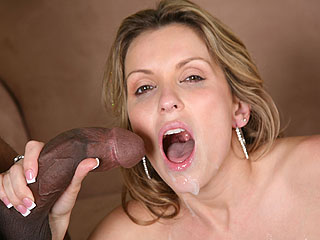 Courtney Cummz Black Dick Deep Throat