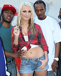 Blacks-On-Blondes-Hailey-Holiday-r6usngnnxt.jpg