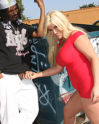 Blacks On Blondes Tv Julie Cash