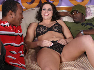 Kori Kreams Love Black Cock
