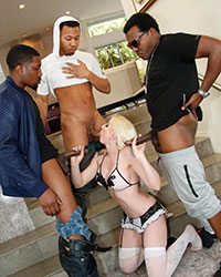 Leya Falcon's Fourth Appearance Huge Cocks