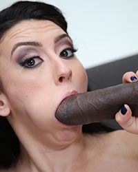 Mandy Muse Black Cock Tube