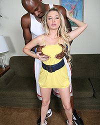 Chayse Evans Blacks On Blondes Mina